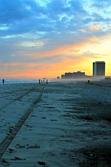 """Meet me tonight in Atlantic City""... (Cheri Sundra: Guerrilla Historian) Tags: cherisundra cherylsundra newjersey jerseyshore atlanticcity atlanticcityboardwalk sunset beach ocean bluehour eastcoast theshore"
