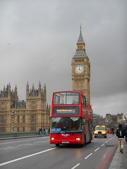 City Tour London Y185 NLK (Welsh Bus 17) Tags: citytourlondon volvo b7tl plaxton president y185nlk westminsterbridge london