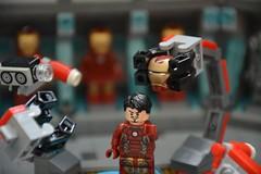 Labo stark 21 (John_Toulouse) Tags: moc mod lego johntoulouse super heroes sh ironman iron man avengers stark labo armor