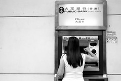 Time to knock on money, Kowloon City, Hong Kong (Job Homeless) Tags: blackandwhite bw monochorme monotone city culture leica m8 35mmf2 people streetsnap streetphotography hongkong life
