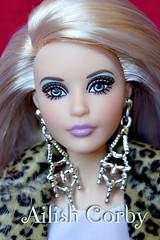 barbie warhol (AilishCorby) Tags: barbie mattel doll muñeca collector collection coleccion coleccionista warhol titanic bella swan twilight crepusculo tokidoki