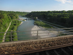 Isar Crossing on BOB (SkylineGTR) Tags: train bayern bob img8297
