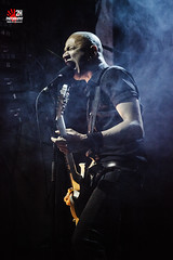 Danko Jones_02@Arena (2H Photography) Tags: madrid espaa music apple rock canon concert spain mac gig concierto singer bolo msica f28 iso1600 guitarrista cantante bombus salaarena guittar dankojones livemusicphotography canoneos5dmarkii wwwhectorvilaes 2hphotography fotografademsicaendirecto musicpolis cameraraw64 tamronaf70200f28 adobelightroom4 adobephotoshopcs6