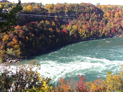 DSC05115 (denisbin) Tags: autumn niagara falls basin whirpool