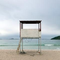 Empty beach (Julio López Saguar) Tags: ocean beach brasil empty horizon playa atlantic atlántico horizonte arraialdocabo océano vacío vigilancia juliolópezsaguar