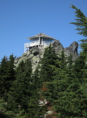 Mt. Pilchuck Lookout (cruiznbye) Tags: mountains hiking cascades lookouts pilchuck nwhiking