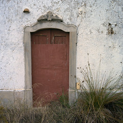Algarve, 1903 (Gerard Kingma) Tags: mediumformat ruins kodak hasselblad algarve portra 501cm