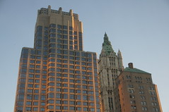 Barclay Tower and Woolworth Building (SomePhotosTakenByMe) Tags: city nyc newyorkcity sunset vacation usa newyork building architecture america skyscraper downtown unitedstates manhattan urlaub financialdistrict stadt woolworth architektur amerika sonnenaufgang gebäude lowermanhattan innenstadt wolkenkratzer woolworthbuilding finanzbezirk barclaytower