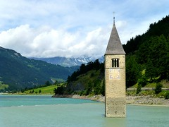 CAMPANILE della PARROCCHIALE sommersa (aldofurlanetto) Tags: campanile lagoresia semisommerso