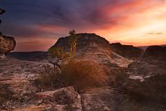 Sunset Rock || Mount Victoria (edwinemmerick) Tags: sunset sky cloud weather rock canon australia bluemountains dos nsw 7d newsouthwales edwin clim mtvictoria emmerick edwinemmerick