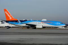 C-FPZA (Sunwing Airlines) (Steelhead 2010) Tags: sunwingairlines thomsonairways boeing b737 b737800 creg cfpza yhm