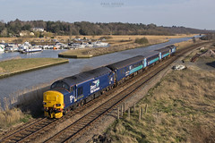 37423 trails into Haddiscoe working 2J80 1455 Norwich - Lowestoft 15/3/2017 (Paul-Green) Tags: class 37 374 37423 37425 haddiscoe bridge english electric type 3 diesel engine locomotive stock river aga abellio greater anglia passenger service uk gb railways norfolk drs direct rail services flickr canon camera outdoors 1455 norwich lowestoft rails boats view landscape picture photography march 2017 2j80