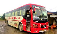 DLTBCo. 235 (III-cocoy22-III) Tags: dltbco 235 hyundai bus del monte motorworks dmmw bicol legazpi philippines