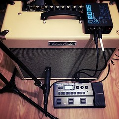 #evstudyosu nda #gitar kaydetmenin birkaç farklı yolu #roland #bluescube #guitaramp #boss #bossgt1 #shuresm57 #guitarporn #recording #guitar