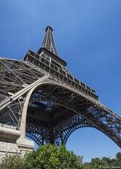 La Tour Eiffel (jbwolffiv) Tags: latoureiffel eiffeltower paris nikon d7200 wolff johnwolff