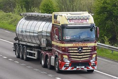 R1 WNT (panmanstan) Tags: mercedes actros mp4 wagon truck lorry commercial bulk tanker freight transport haulage vehicle m18 motorway langham yorkshire