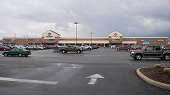 Kroger Marketplace in Sandusky (Nicholas Eckhart) Tags: america us usa ohio oh 2017 retail stores sandusky kroger supermarket krogermarketplace marketplace