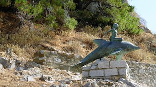 the Boy on a Dolphin sculpture IMG_2129