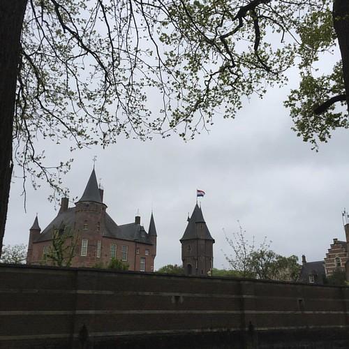 #bevrijding #vlag #kasteelheeswijk