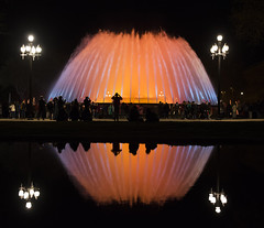 The Magic Fountain of Montjuïc (Tracey Whitefoot) Tags: magic fountain montjuïc tracey whitefoot 2017 spring night dark reflection reflections water light shape spain evening event lanterns fountains barcelona city people crowd
