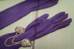 Prince's gloves worn in Purple Rain on display at the Minnesota Historical Society (Lorie Shaull) Tags: prince princerodgersnelson minnesotahistoricalsociety stpaul purplerain purple