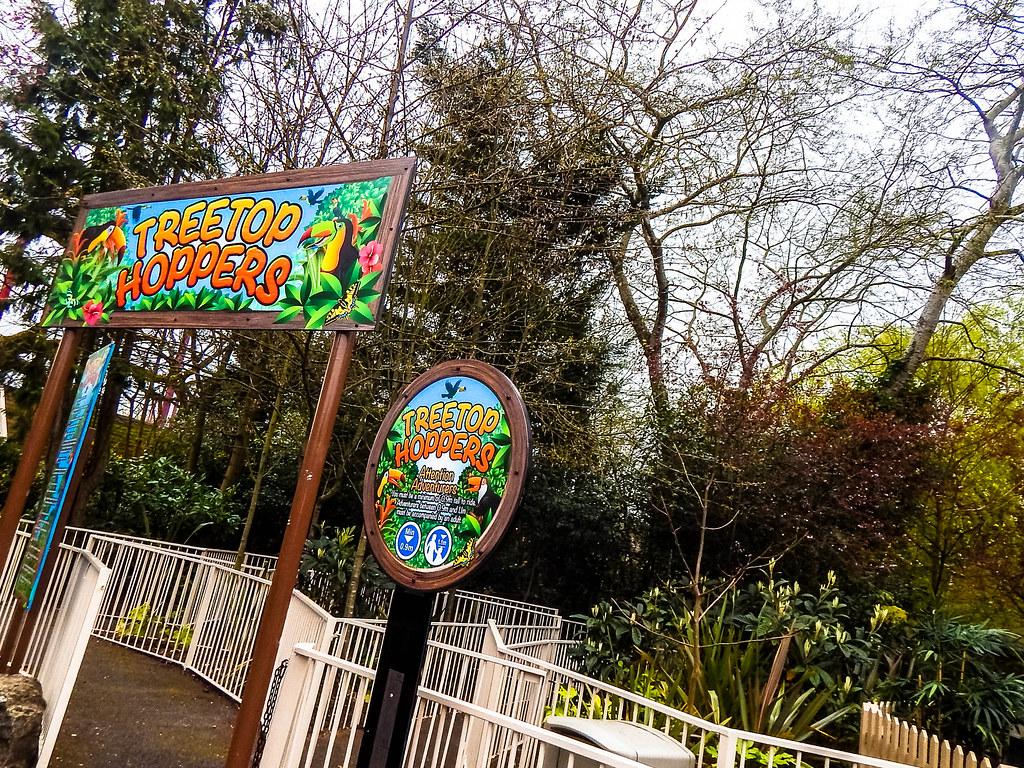 Treetop Hoppers (ThemeParkMedia) Tags: treetop hoppers chessington world  adventures fun thrills childrens rides