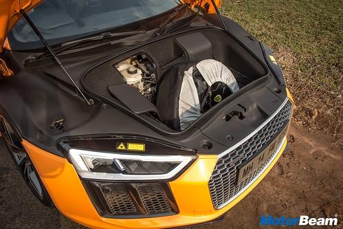 2017-Audi-R8-13