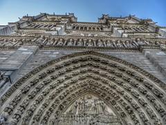 Paris (Jose Abadin) Tags: paris france francia notredam cathedral catedral light sky architecture cityscapes city europe viaje blue canonsx240 canon travel sena