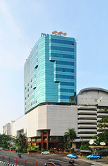 Bank Mandiri Tunjungan (Everyone Sinks Starco (using album)) Tags: surabaya eastjava jawatimur architecture arsitektur building gedung office kantor