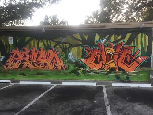 Miamigraffiti Com Miami Graffiti Art Pictures Photos Flicks South Florida Miami Ft Lauderdale Kendall Miami Graffiti Writers Crews