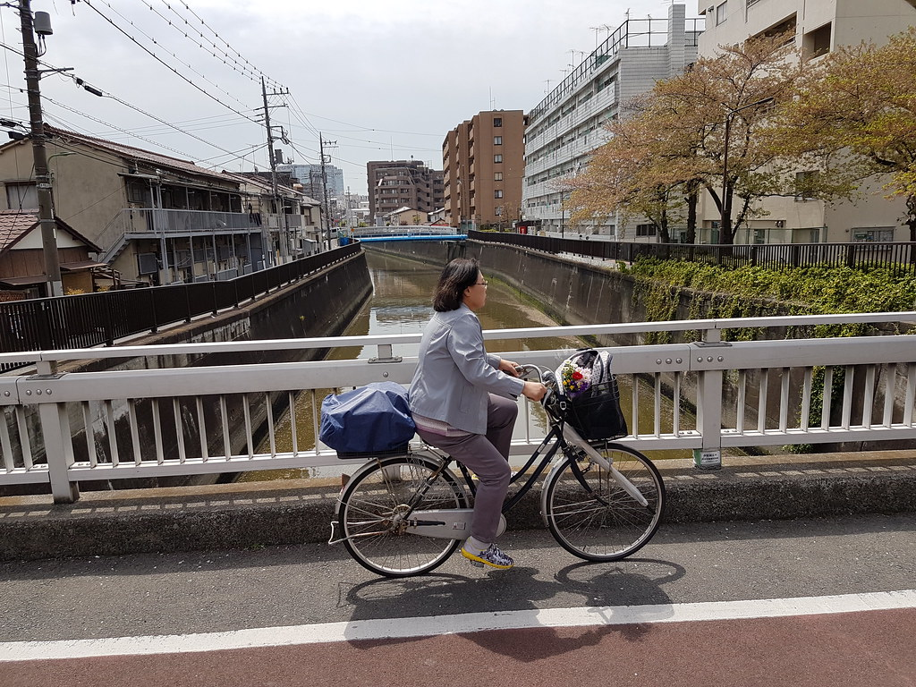 how to become a citizen in tokyo