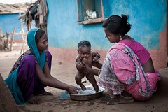 (unicefindia) Tags: bathing india infant