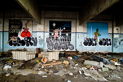 CQ, Ry, Soduh, Tom (TheHarshTruthOfTheCameraEye) Tags: 30 tom graffiti detroit dirty ups kings cq msk mad society d30 throw ry throwups dtt 246 throwies madsocietykings dirty30 detroitgraffiti soduh