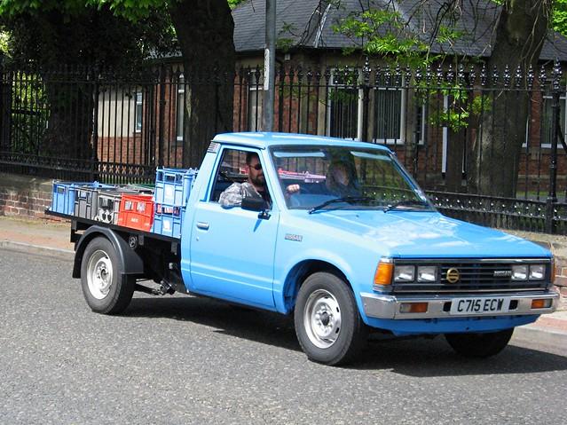 classic vintage nissan pickup vans trucks 1985 datsun 720 hcvs commercialvehicles tyneteesrun