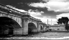 Pont de la Concorde (jfgornet) Tags: paris seine rivire pont nuages quai orsay pontdelaconcorde mg4639 bergedelaseine