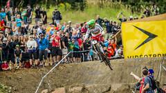 greg minnaar looking (phunkt.com) Tags: world mountain canada cup bike race anne sainte cross country keith valentine downhill dh xc mont ici montsainteanne 2013 phunkt phunktcom synnn