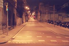Barcelona (sopraiglù°) Tags: street light night spain sony barcellona baecelonastreet