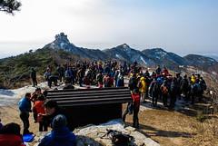 Getting Back to Nature (TigerPal) Tags: mountain nikon hiking mountainclimbing crowd korea climbing korean seoul hikers bukhansan d700 bukhanmountain samobawi