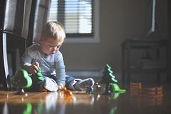 playing. (Carl Vignola) Tags: light playing canon toys kid enfant 6d