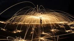 L'homme Araigne (Ok Coraline) Tags: lightpainting pailledefer