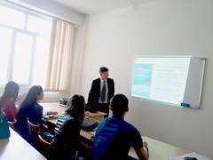 "Predavanja studentima master studija na Nacionalnom univerzitetu u Kazahstanu <a style=""margin-left:10px; font-size:0.8em;"" href=""https://www.flickr.com/photos/89847229@N08/13758693113/"" target=""_blank"">@flickr</a>"