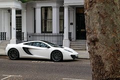 White 12C. (Davew88) Tags: white london cars dave canon photography williams fast twin super knightsbridge exotic turbo mclaren supercar v8 supercars 2014 24105 70d 12c mp412c davew88