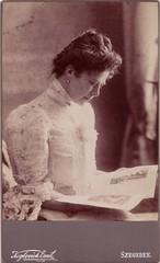 (Ferencdiak) Tags: cdv keglovich szeged 1900s olvasó nő divatlap woman reading