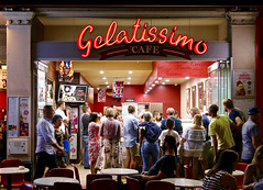 GELATISSIMO_3705_2048 (Rikx) Tags: gelatissimo rundlestreet gelato icecream hotnight crowd busy fringefestival adelaide southaustralia explore food shop sweet cream gelateria icecreamshop