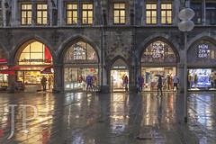 1611_MUNICH-280 (JP Korpi-Vartiainen) Tags: baijeri bavaria bavarian eteläsaksa germany munchen munich november autumn baijerilainensaksa city german kaupunki marraskuu matka matkailu matkustaa saksalainen southern syksy tourism travel trip urbaani urban