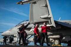170422-N-VN584-090 (U.S. Pacific Fleet) Tags: usstheodoreroosevelt cvn71 vn584 alex corona maintenance routine sailors fa18fsuperhornet mightyshrikes strikefighterattacksquadron vfa 94 flightdeck underway