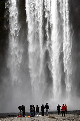 skogafoss people (kexi) Tags: iceland europe nature skogafoss waterfall water falling canon may 2016 vertical people huge mist white instantfave