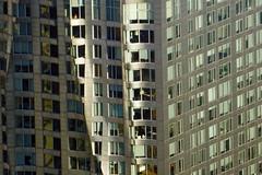 8 Spruce Street aka Beekman Tower aka New York by Gehry - view from One World Observatory at One World Trade Center, NYC (SomePhotosTakenByMe) Tags: 8sprucestreet fenster window fassade facade wtc 1wtc oneworldtradecenter worldtradecenter oneworldobservatory observatory aussichtsplattform freedomtower observationdeck lowermanhattan financialdistrict downtown innenstadt urlaub vacation holiday usa unitedstates america amerika nyc newyorkcity newyork stadt city wolkenkratzer skyscraper gebäude building indoor architektur architecture newyorkbygehry gehry beekmantower