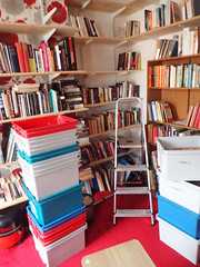 2017_04_140003 (Gwydion M. Williams) Tags: books bookcases sorting coventry britain greatbritain uk england warwickshire westmidlands chapelfields sirthomaswhitesroad