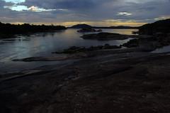 Orinoco River at sunset (Aztlek) Tags: sunset orinocoriver orinoco fotoexpedición fotoexpediciónorinoco vichada colombia photoexpedition orinocophotoexpedition trekking hiking senderismo caminata viajaryvivir afsdxnikkor18200mmf3556ged nikkor 18200mmf3556 f3556 f13556 ufraw ilovenature nikond7000 nikon d7000 nikongpsunit gpsunitgp1 gpsunit photography fotografía